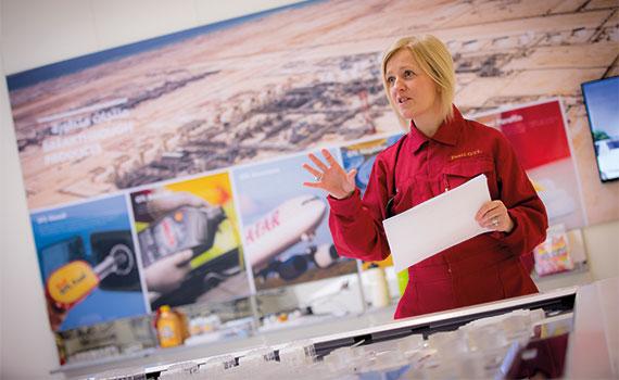 Lorraine Holleway FCCA, controller, Shell Qatar | ACCA Global
